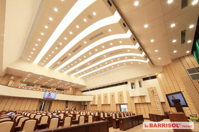 công trình trần xuyên sáng barrisol 6