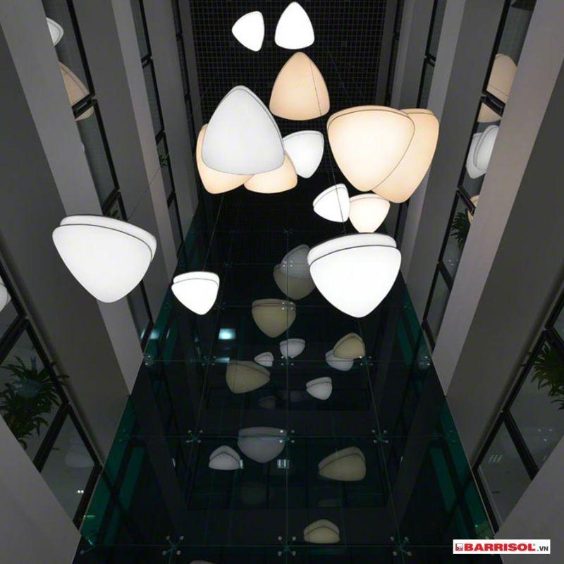 mẫu trần xuyên sáng vietcombank 2