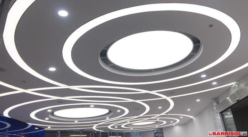 trần xuyên sáng BIDV 1